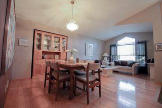 Photo 6: Great 3 bedroom, 1400 sqft, family home in great area of Kildonan Estates!