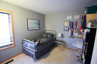 Photo 14: Great 3 bedroom, 1400 sqft, family home in great area of Kildonan Estates!