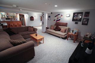 Photo 17: Great 3 bedroom, 1400 sqft, family home in great area of Kildonan Estates!