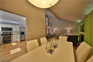 Photo 5: 12 Oakvale PL SW in Calgary: Oakridge House for sale : MLS®# C4125532
