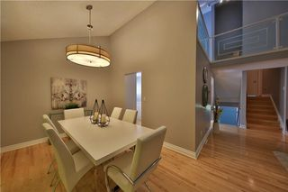 Photo 4: 12 Oakvale PL SW in Calgary: Oakridge House for sale : MLS®# C4125532
