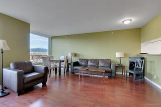 "Photo 3: 502 500 W 10TH Avenue in Vancouver: Fairview VW Condo for sale in ""CAMBRIDGE COURT"" (Vancouver West)  : MLS®# R2228428"