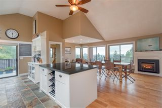 Photo 3: 2141 GRAND Boulevard in North Vancouver: Boulevard House for sale : MLS®# R2236076