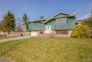 Photo 1: 15055 86 Avenue in Surrey: Bear Creek Green Timbers House for sale : MLS®# R2246468