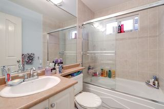 Photo 17: 7330 14TH Avenue in Burnaby: Edmonds BE House 1/2 Duplex for sale (Burnaby East)  : MLS®# R2257150