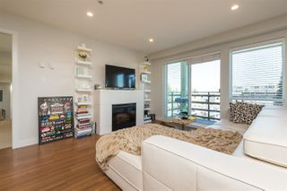 Photo 12: 306 15775 CROYDON Drive in Surrey: Grandview Surrey Condo for sale (South Surrey White Rock)  : MLS®# R2258973