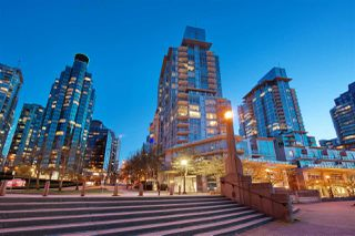 "Photo 1: 404 499 BROUGHTON Street in Vancouver: Coal Harbour Condo for sale in ""The Denia Waterfront Place"" (Vancouver West)  : MLS®# R2260501"