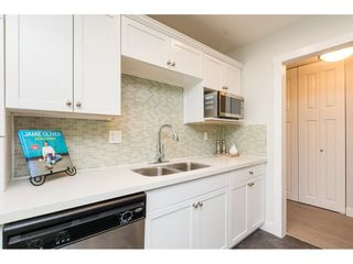 "Photo 4: 301 1355 FIR Street: White Rock Condo for sale in ""The Pauline"" (South Surrey White Rock)  : MLS®# R2262403"