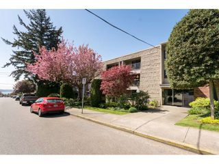 "Photo 19: 301 1355 FIR Street: White Rock Condo for sale in ""The Pauline"" (South Surrey White Rock)  : MLS®# R2262403"