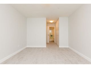 "Photo 16: 301 1355 FIR Street: White Rock Condo for sale in ""The Pauline"" (South Surrey White Rock)  : MLS®# R2262403"