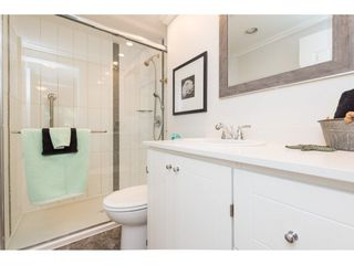 "Photo 13: 301 1355 FIR Street: White Rock Condo for sale in ""The Pauline"" (South Surrey White Rock)  : MLS®# R2262403"