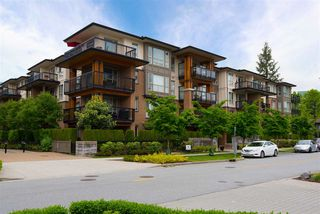 Photo 1: 109 1150 KENSAL Place in Coquitlam: New Horizons Condo for sale : MLS®# R2271387