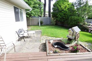Photo 11: 9860 GOODALL Place in Chilliwack: Chilliwack N Yale-Well House for sale : MLS®# R2272437
