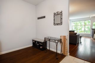 """Photo 15: 309 2477 KELLY Avenue in Port Coquitlam: Central Pt Coquitlam Condo for sale in """"South Verde"""" : MLS®# R2301538"""