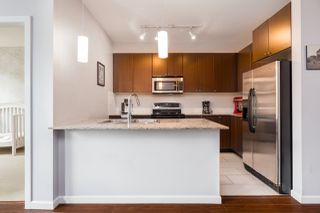 """Photo 8: 309 2477 KELLY Avenue in Port Coquitlam: Central Pt Coquitlam Condo for sale in """"South Verde"""" : MLS®# R2301538"""