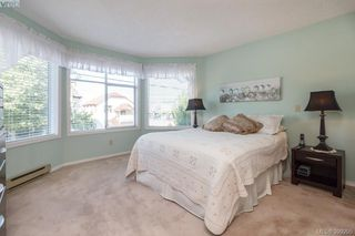 Photo 11: 202 9717 Third Street in SIDNEY: Si Sidney South-East Condo Apartment for sale (Sidney)  : MLS®# 399295