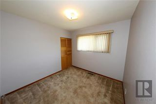 Photo 11: 35 Baffin Crescent in Winnipeg: Silver Heights Residential for sale (5F)  : MLS®# 1828186