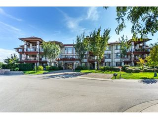 """Main Photo: 102 16447 64 Avenue in Surrey: Cloverdale BC Condo for sale in """"St Andrews"""" (Cloverdale)  : MLS®# R2323922"""