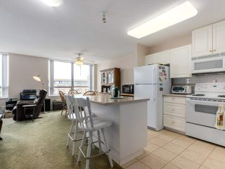 "Photo 12: 1203 612 SIXTH Street in New Westminster: Uptown NW Condo for sale in ""THE WOODWARD"" : MLS®# R2329051"