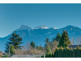 "Photo 6: 209 46021 SECOND Avenue in Chilliwack: Chilliwack E Young-Yale Condo for sale in ""The Charleston"" : MLS®# R2332755"