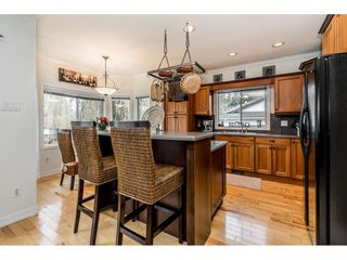 "Photo 5: 2234 FOOTHILLS Court in Abbotsford: Abbotsford East House for sale in ""Mountain Village"" : MLS®# R2335598"