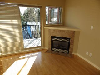 Photo 3: 301 5631 INLET Road in Sechelt: Sechelt District Condo for sale (Sunshine Coast)  : MLS®# R2338645