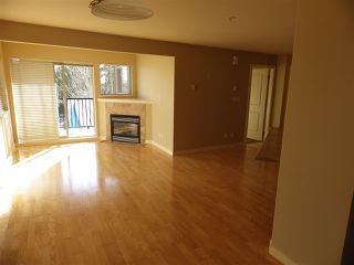 Photo 5: 301 5631 INLET Road in Sechelt: Sechelt District Condo for sale (Sunshine Coast)  : MLS®# R2338645