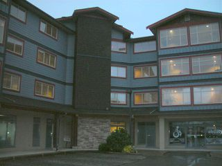 Main Photo: 301 5631 INLET Road in Sechelt: Sechelt District Condo for sale (Sunshine Coast)  : MLS®# R2338645
