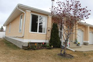 Photo 22: 1240 105 Street in Edmonton: Zone 16 Townhouse for sale : MLS®# E4143025