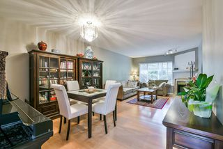 Photo 2: 25 16155 82 Avenue in Surrey: Fleetwood Tynehead Townhouse for sale : MLS®# R2345451