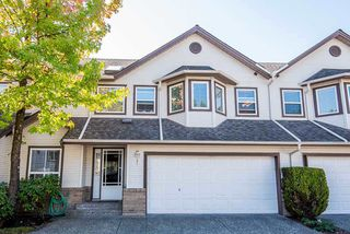 Photo 1: 25 16155 82 Avenue in Surrey: Fleetwood Tynehead Townhouse for sale : MLS®# R2345451