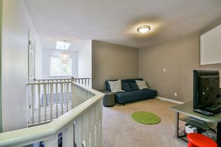 Photo 16: 25 16155 82 Avenue in Surrey: Fleetwood Tynehead Townhouse for sale : MLS®# R2345451