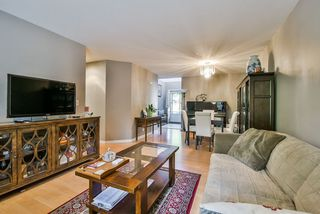 Photo 6: 25 16155 82 Avenue in Surrey: Fleetwood Tynehead Townhouse for sale : MLS®# R2345451