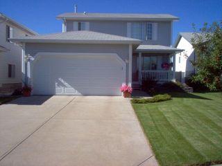 Photo 1: 5327 156 Avenue in Edmonton: Zone 03 House for sale : MLS®# E4146088