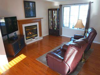 Photo 6: 5327 156 Avenue in Edmonton: Zone 03 House for sale : MLS®# E4146088