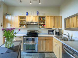 Photo 11: 306 120 Douglas Street in VICTORIA: Vi James Bay Condo Apartment for sale (Victoria)  : MLS®# 406389