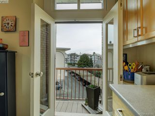 Photo 23: 306 120 Douglas Street in VICTORIA: Vi James Bay Condo Apartment for sale (Victoria)  : MLS®# 406389