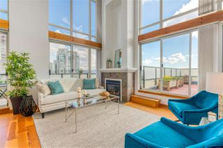 """Photo 5: 505 10 RENAISSANCE Square in New Westminster: Quay Condo for sale in """"MURANO LOFTS"""" : MLS®# R2348656"""