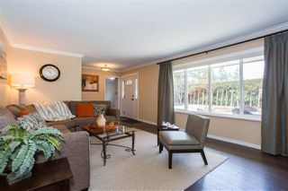"Photo 3: 4048 207 Street in Langley: Brookswood Langley House for sale in ""Brookswood"" : MLS®# R2349070"