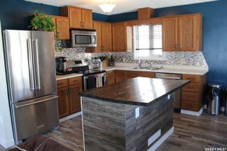 Photo 4: 215 2nd Avenue South in Melfort: Residential for sale : MLS®# SK762739