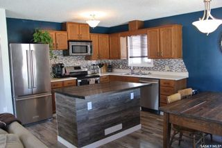 Photo 3: 215 2nd Avenue South in Melfort: Residential for sale : MLS®# SK762739