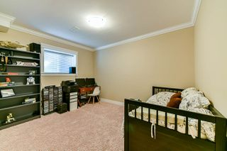 """Photo 15: 17892 71 Avenue in Surrey: Cloverdale BC House for sale in """"Provinceton"""" (Cloverdale)  : MLS®# R2350417"""