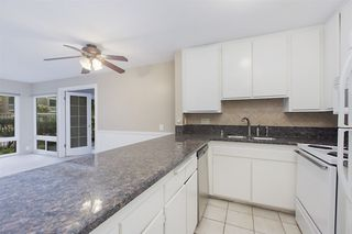 Photo 4: PACIFIC BEACH Condo for sale : 2 bedrooms : 4600 Lamont St #130 in San Diego