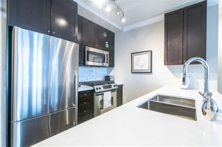 "Photo 1: 2305 1001 HOMER Street in Vancouver: Yaletown Condo for sale in ""THE BENTLEY BY POLYGON"" (Vancouver West)  : MLS®# R2360905"