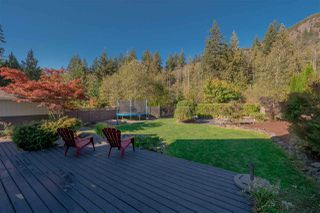 """Photo 2: 38640 CHERRY Drive in Squamish: Valleycliffe House for sale in """"Raven's Plateau"""" : MLS®# R2363073"""