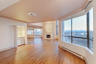 "Photo 8: 2304 738 BROUGHTON Street in Vancouver: West End VW Condo for sale in ""Alberni Place"" (Vancouver West)  : MLS®# R2369101"