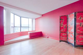 """Photo 15: 2304 738 BROUGHTON Street in Vancouver: West End VW Condo for sale in """"Alberni Place"""" (Vancouver West)  : MLS®# R2369101"""