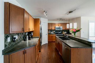 Photo 3: 52 NEWMARKET Way: St. Albert House for sale : MLS®# E4157083