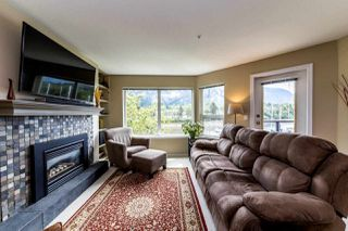 "Photo 4: 206 1468 PEMBERTON Avenue in Squamish: Downtown SQ Condo for sale in ""MARINA ESTATES"" : MLS®# R2371646"