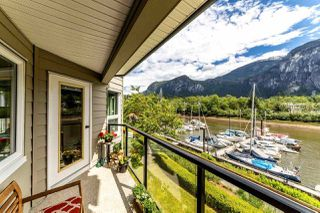 "Photo 2: 206 1468 PEMBERTON Avenue in Squamish: Downtown SQ Condo for sale in ""MARINA ESTATES"" : MLS®# R2371646"